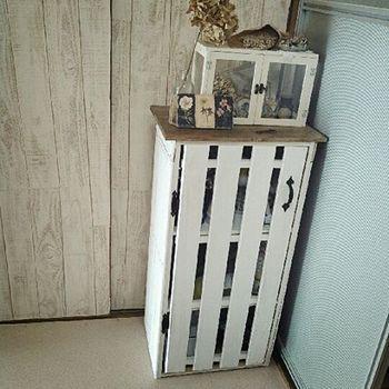カラーボックスを 扉 で目隠し 100均 すのこdiy 作り方 取り付け方レッスン キナリノ カラーボックス 収納 アイデア 手作り家具