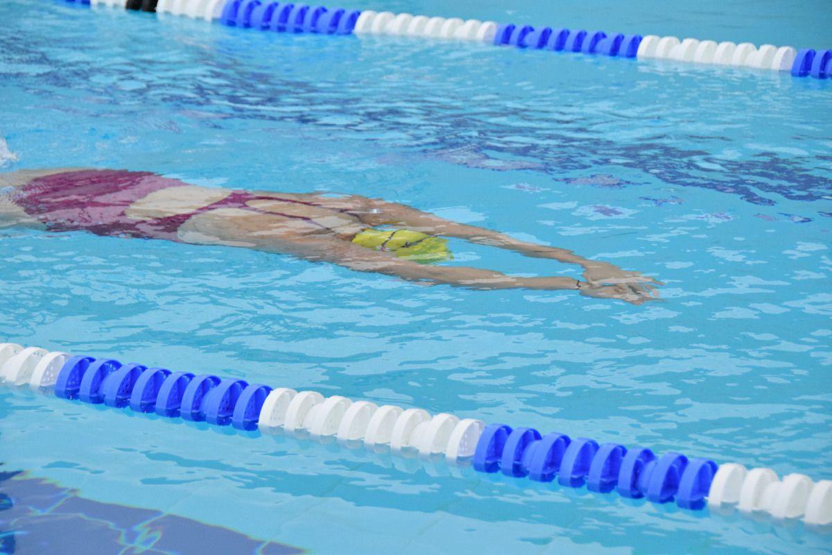 Klara-Fuchs-swim-gloria2