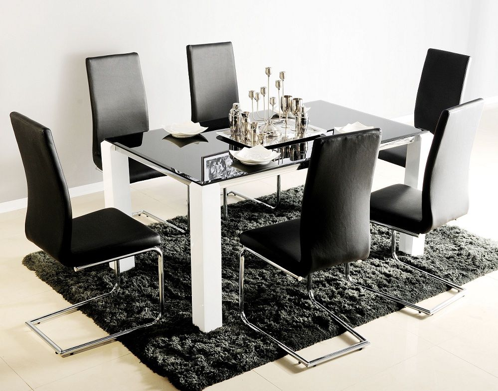 Contemporary High Gloss Dining Table And Chairs   Http://www.furn