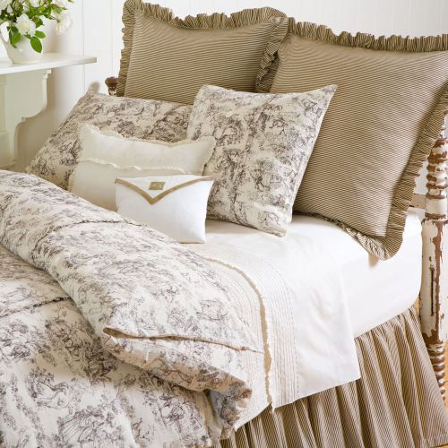 Yellow Bedroom Ideas For Sunny Mornings And Sweet Dreams: Black Cream Toile Bedspreads