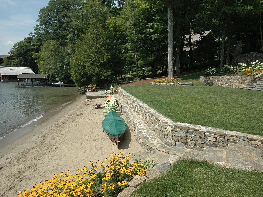 lakefront landscaping - Google Search (With images) | Lake ... on Lakefront Patio Ideas id=15857