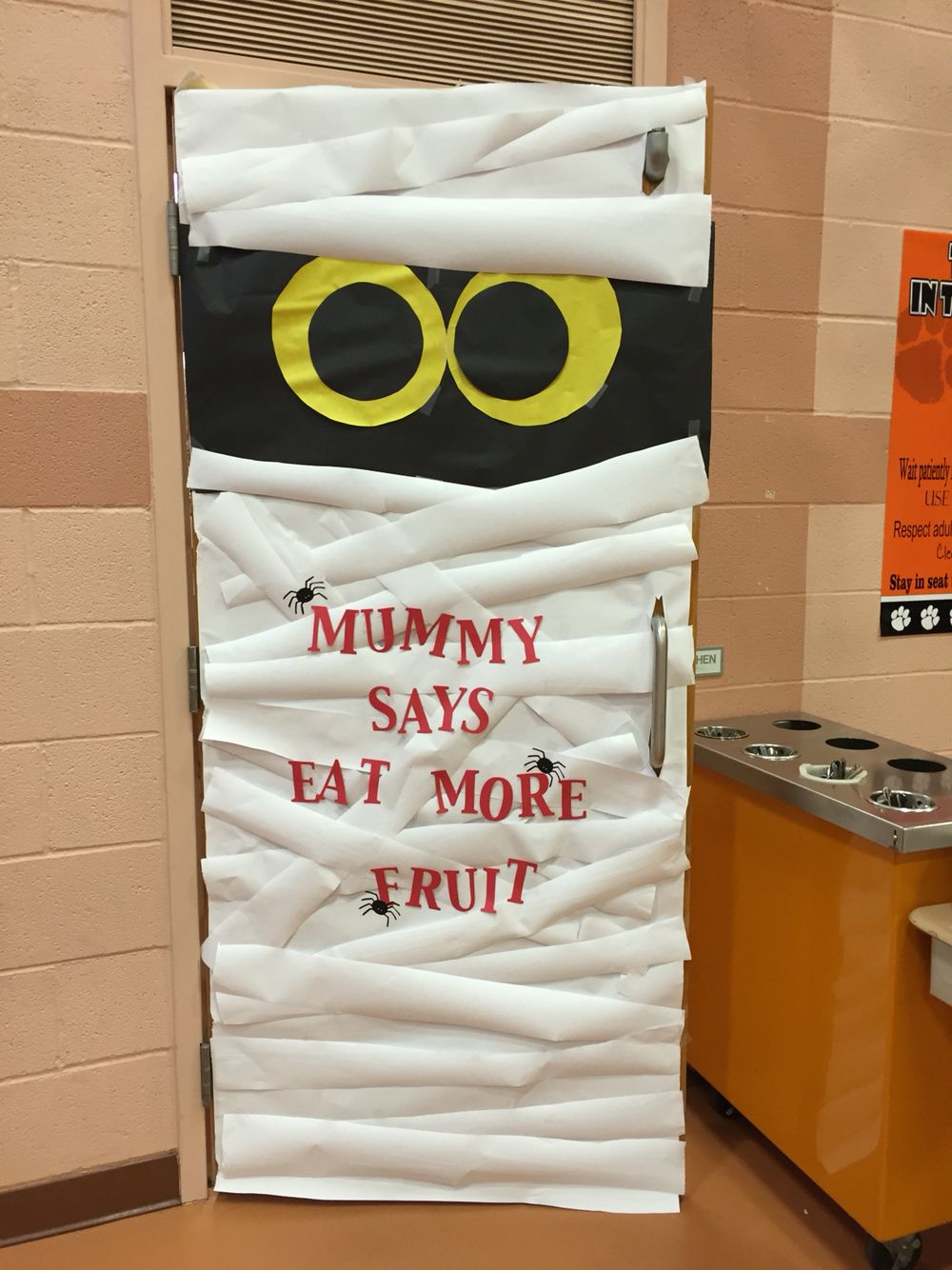 cafeteria door fall halloween decoration