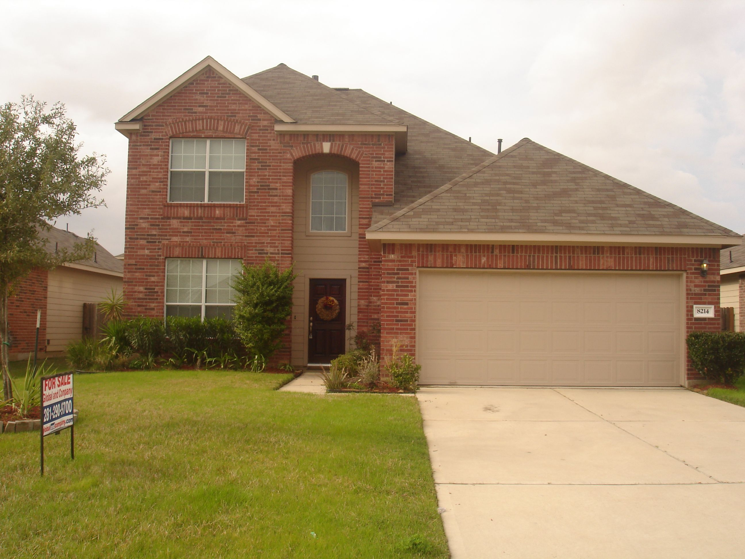 This Beautiful Property Is Located In Willow Trace Subdivision