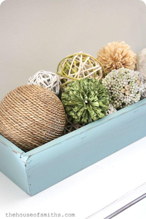 Cute  http://www.thehouseofsmiths.com/2012/06/simple-summer-decor-learning-to-lose.html