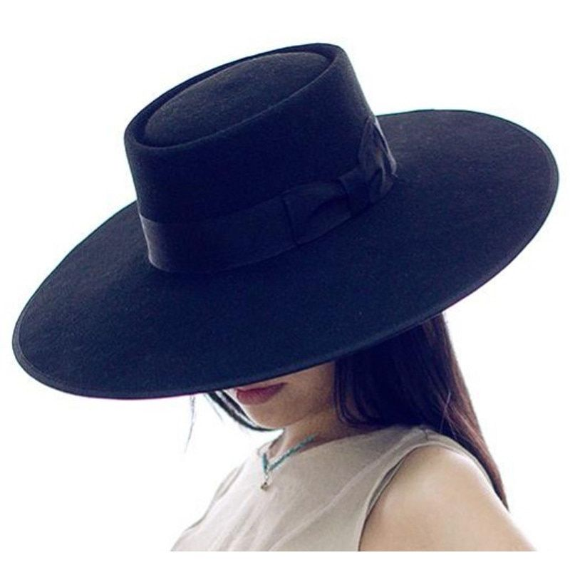 b9bb235f2d27e2 Ramona - GIGI PIP - 2 | personal aesthetic | Outfits with hats, Top hats  for women, Hats