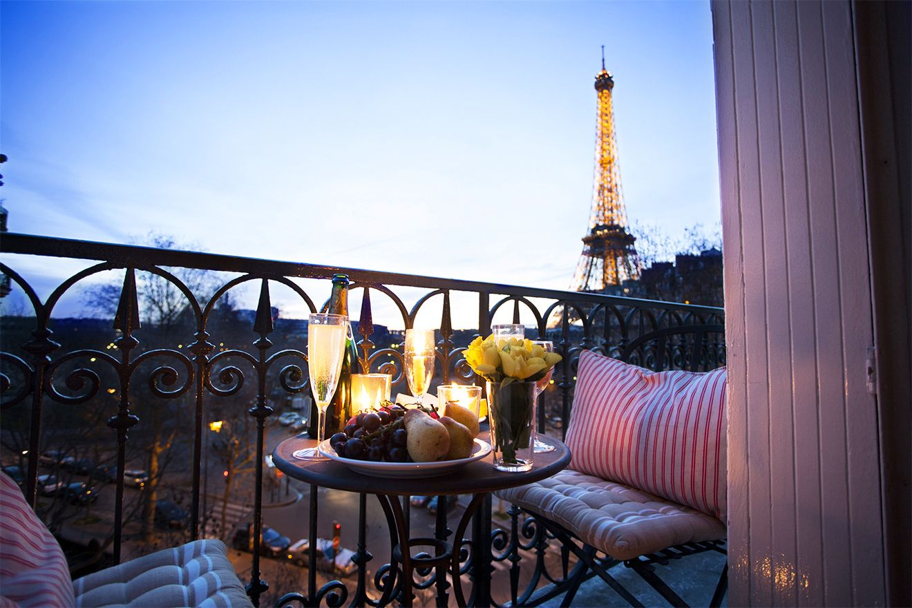 2 Bedroom Paris Apartment Near Eiffel Tower With A/C   Paris Perfect