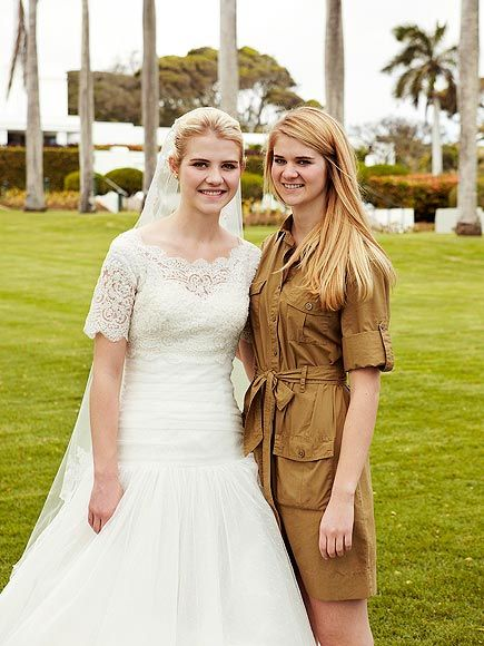Happily Ever After Inside Elizabeth Smart S Hawaiian Wedding Lacey Wedding Dress Modest Wedding Dresses With Sleeves Modest Wedding Dresses
