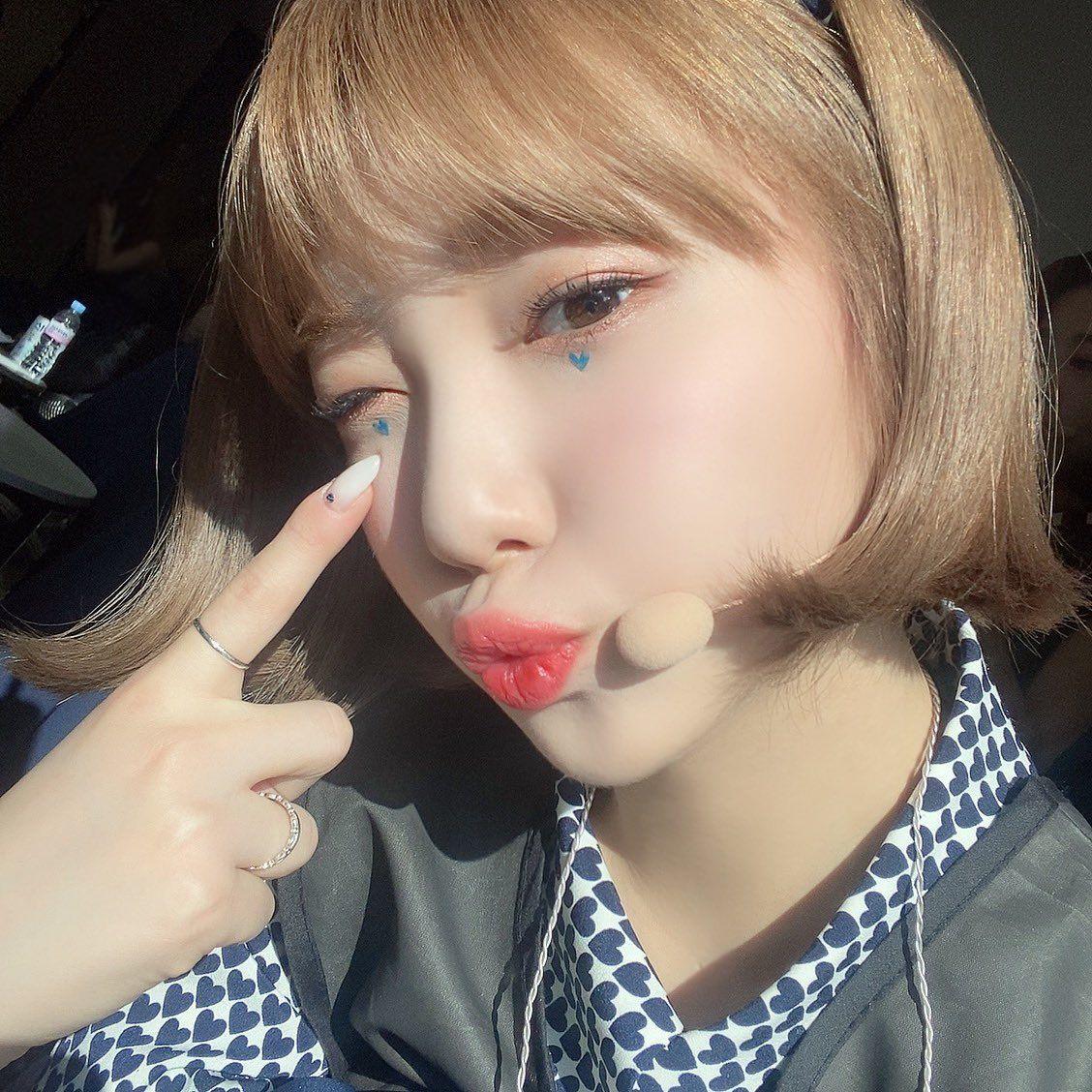 hyejoo's bestie, roa on Twitter