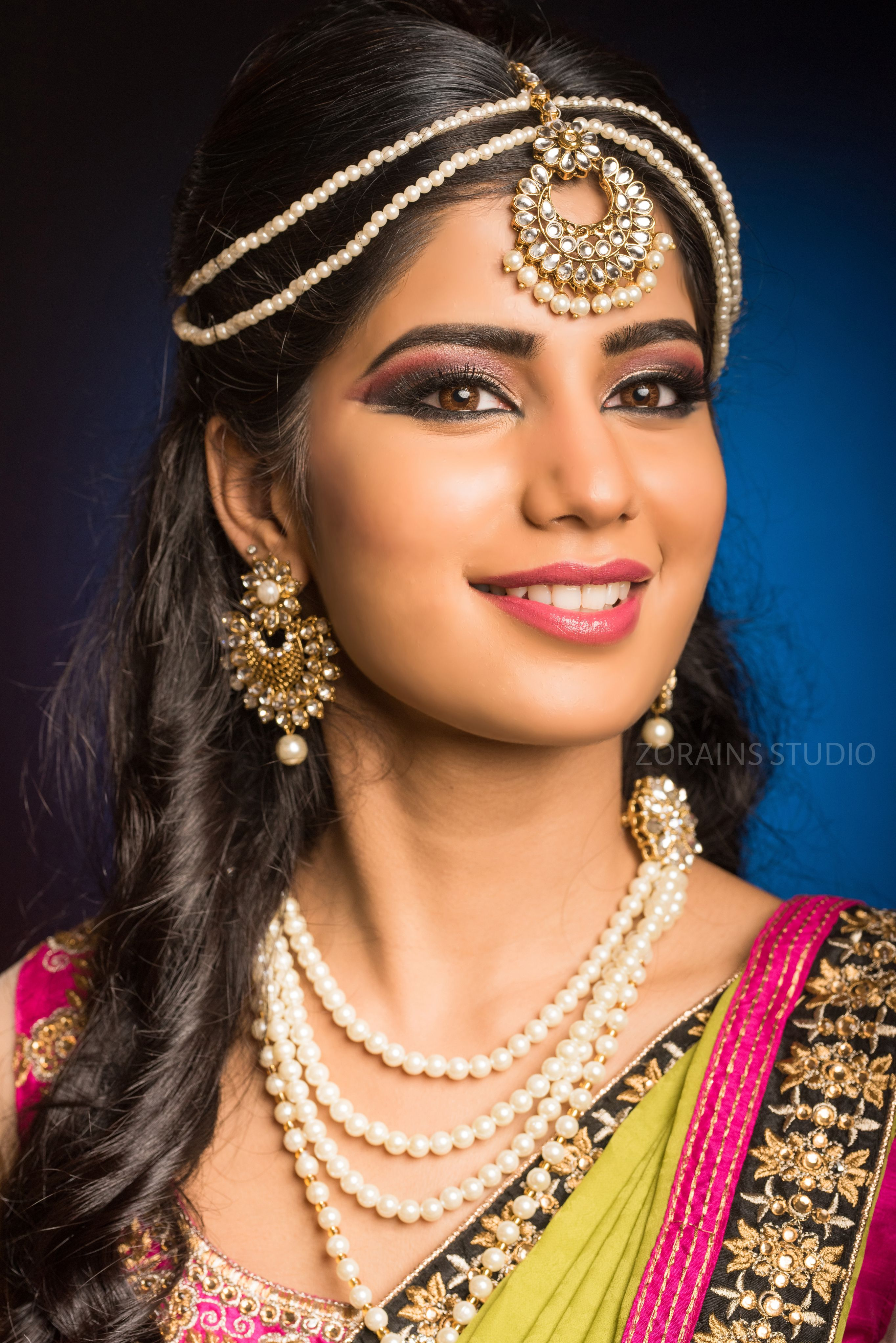 Mehendi Event Makeup in 2020 Indian bridal makeup, Event