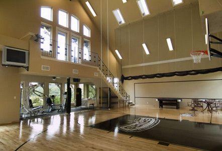 The Homes Of Eva Longoria And Tony Parker Home Basketball Court Home Gym Design At Home Gym