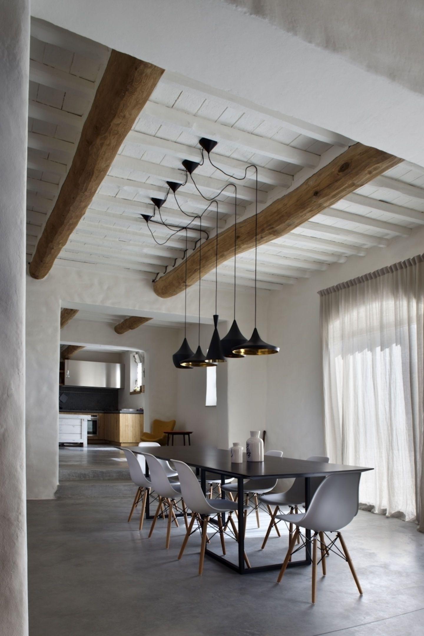 Alessandra bello mide architetti casale in campagna for Case ristrutturate da architetti