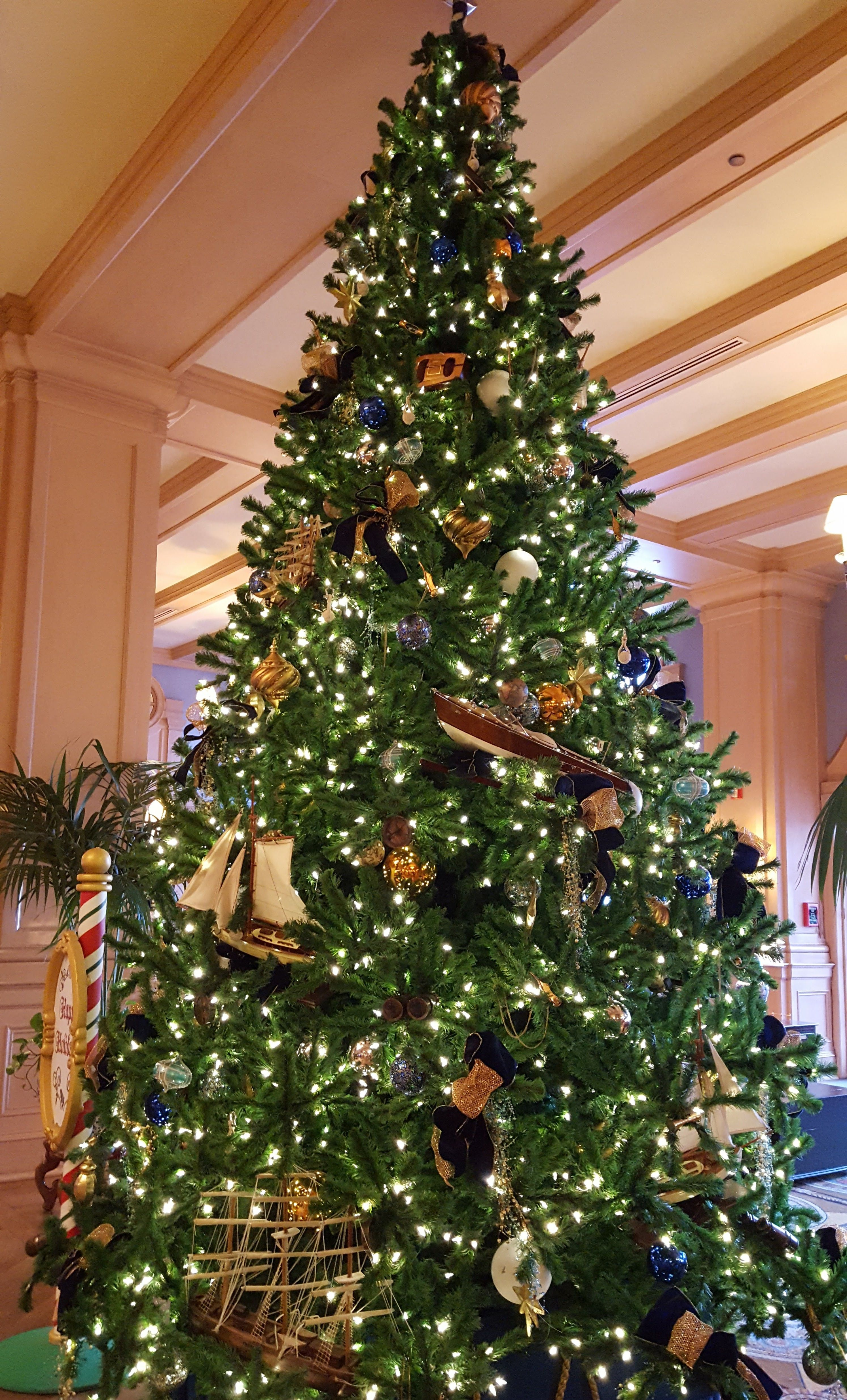 Awesome Picture of Old Fashioned Ceramic Christmas Tree - Fabulous ...