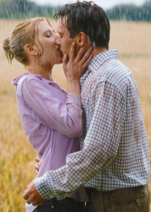 Match Point Starring Scarlett Johansson And Jonathan Rhys Meyers Cinematografia Film Cinema