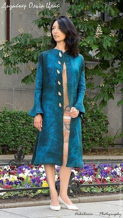 Верхняя одежда ручной работы. Ярмарка Мастеров - ручная работа Валяное пальто  Повелительница змей. Handmade.