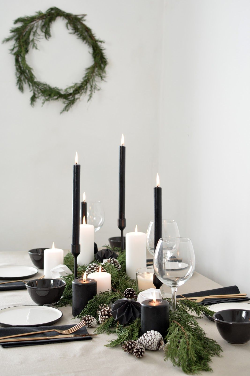 A Scandinavian Inspired Christmas Table Setting Holiday Table Decorations Christmas Table Settings Christmas Tablescapes