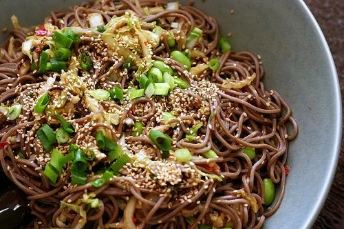 spicy soba noodles with shiitakes in 2020   Spicy soba ...