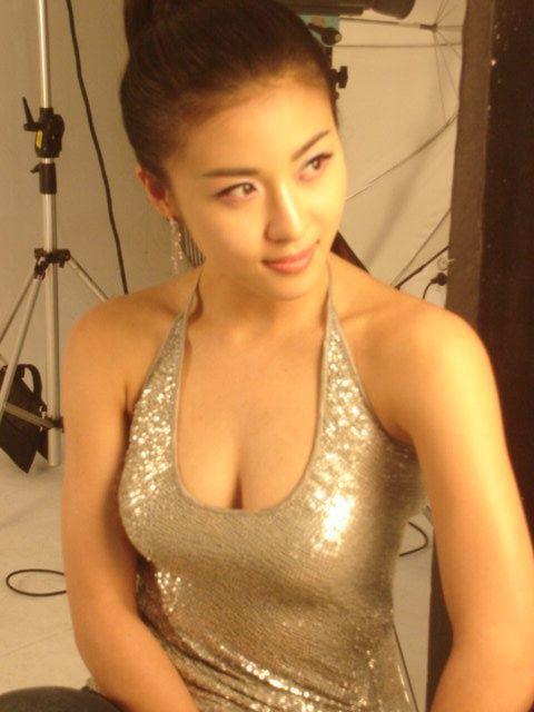 Ha Ji Won Bikini