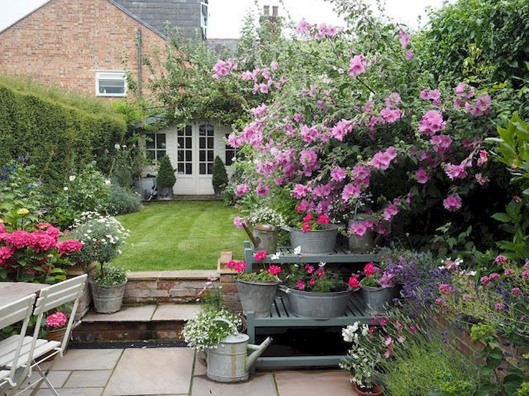 15 Beautiful Small Cottage Garden Design Ideas For ...