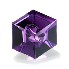 Hexagonal faceted amethyst | Atelier Munsteiner