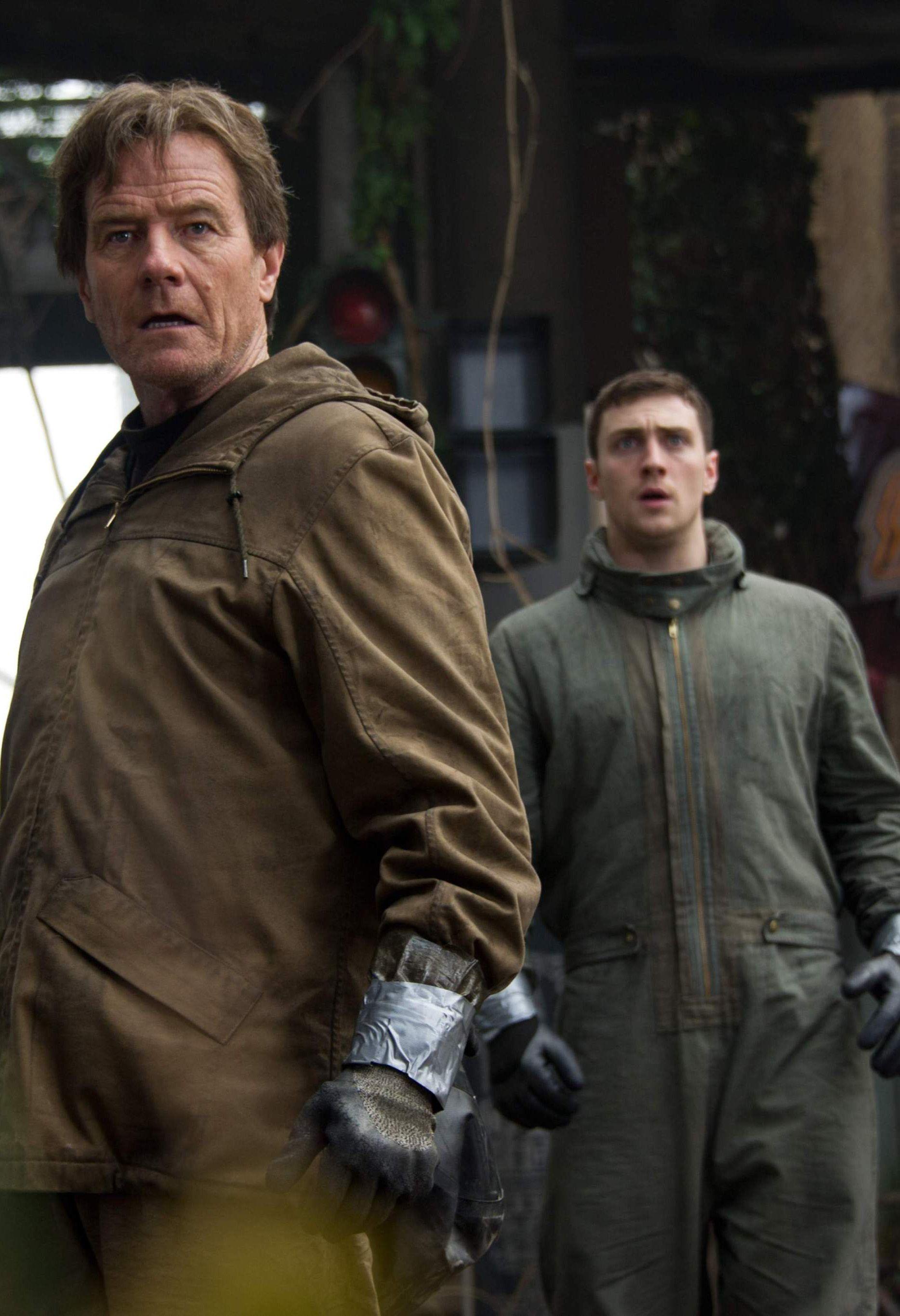 Godzilla - Aaron Taylor-Johnson & Bryan Cranston   Movies ...