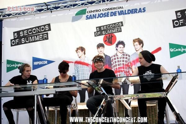 5 Seconds of Summer at the album signing in Madrid