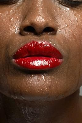 What Disease Causes Excessive Sweating Pink Lips Light Pink