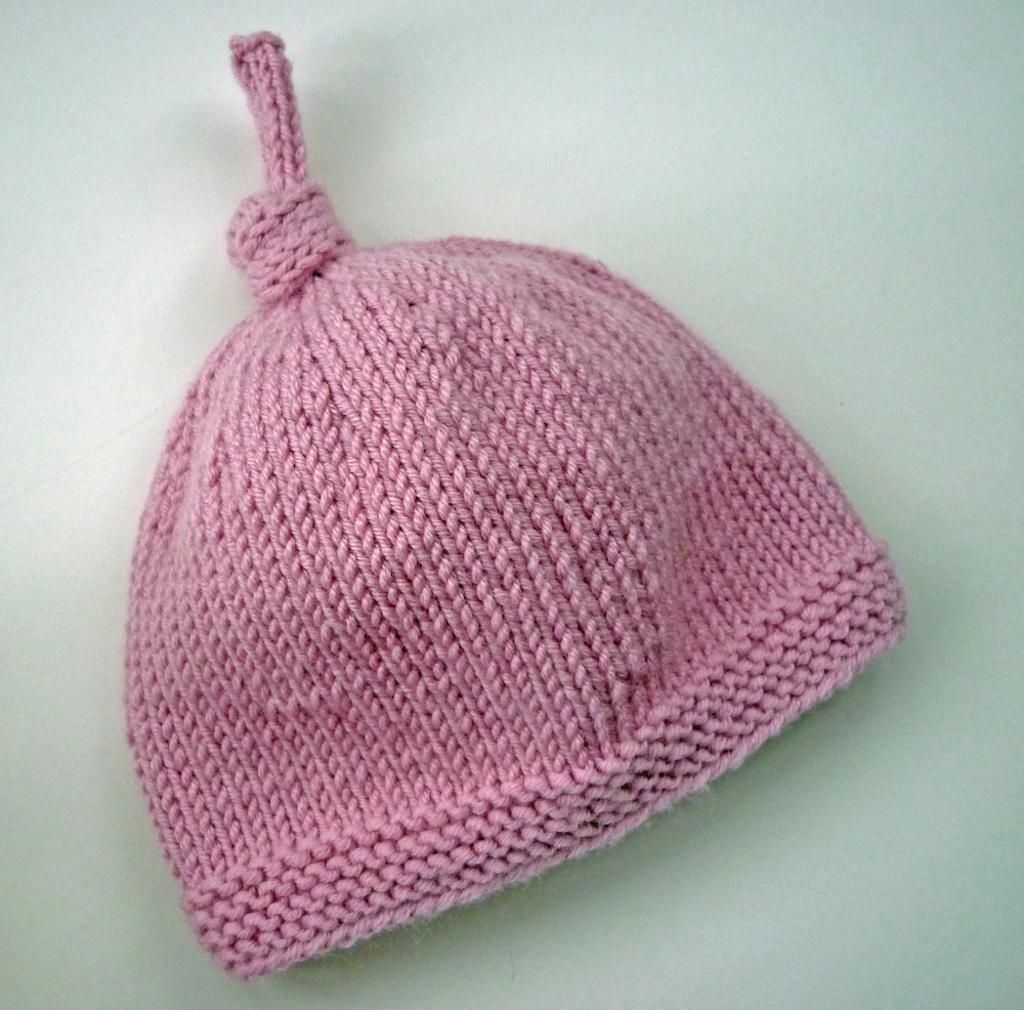 Baby Hat with Top Knot - free knitting pattern. | Yarn art ...