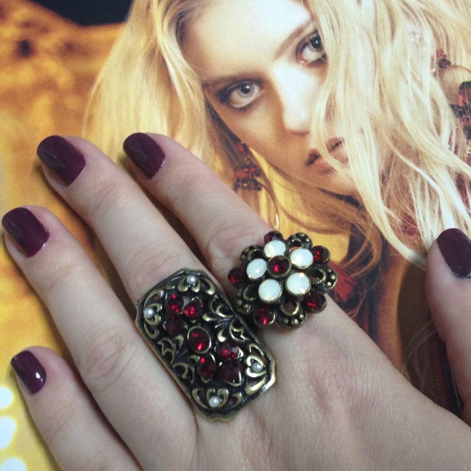 Bom dia segunda ! Destaque para os anéis: Magia e Divino #segunda #anel #aneis #ourovelho #marsala