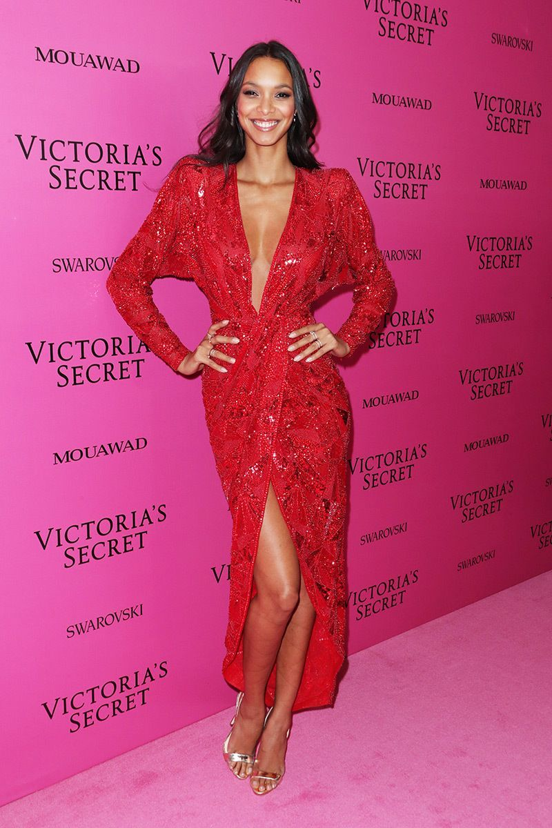 Fashion style Secret victorias fashion show pink carpet fashion for lady