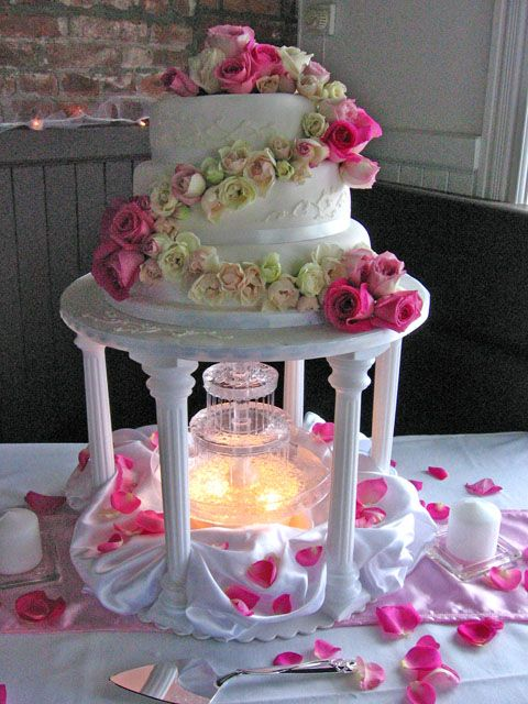 pics of wedding cakes with fountains wedding cake live flowers wedding 18347