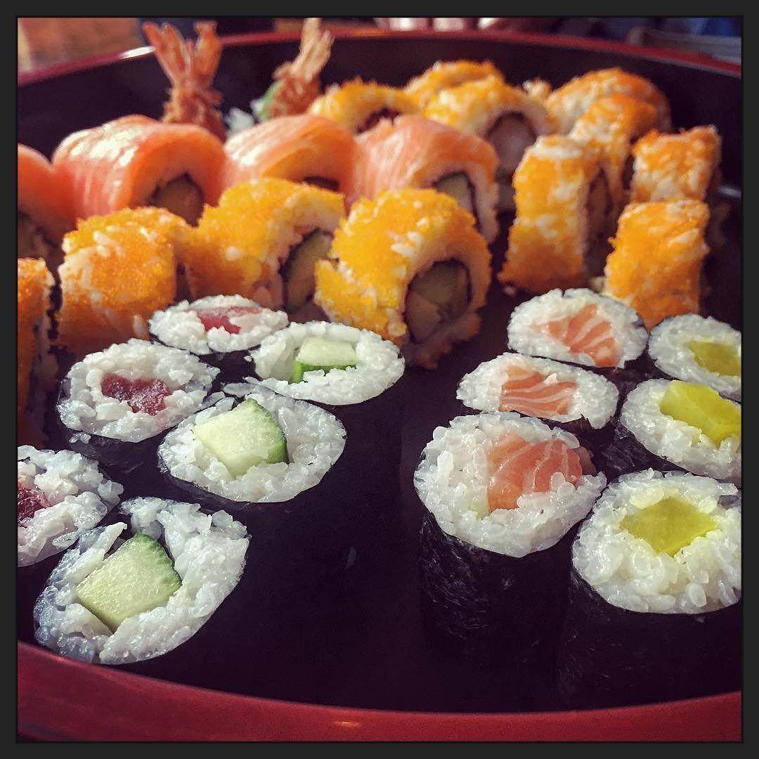 kuch Het leven moet je zelf leuk maken... ;-) #myview #eten