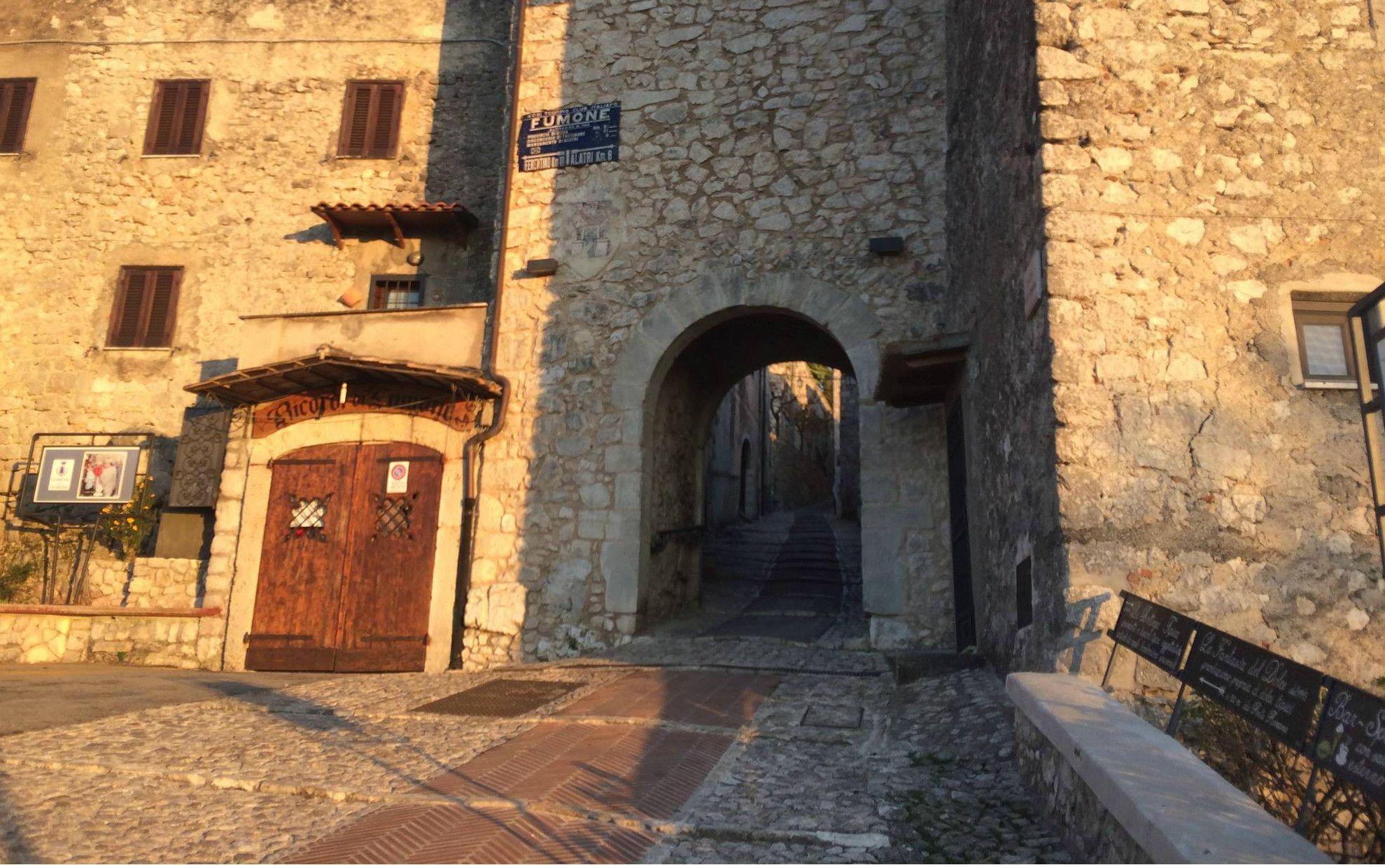 Il Castello di Fumone e le sue storie | http://www.viaggideimesupi.com/2017/04/04/castello-di-fumone/ #lazio #italy #travel #viaggi