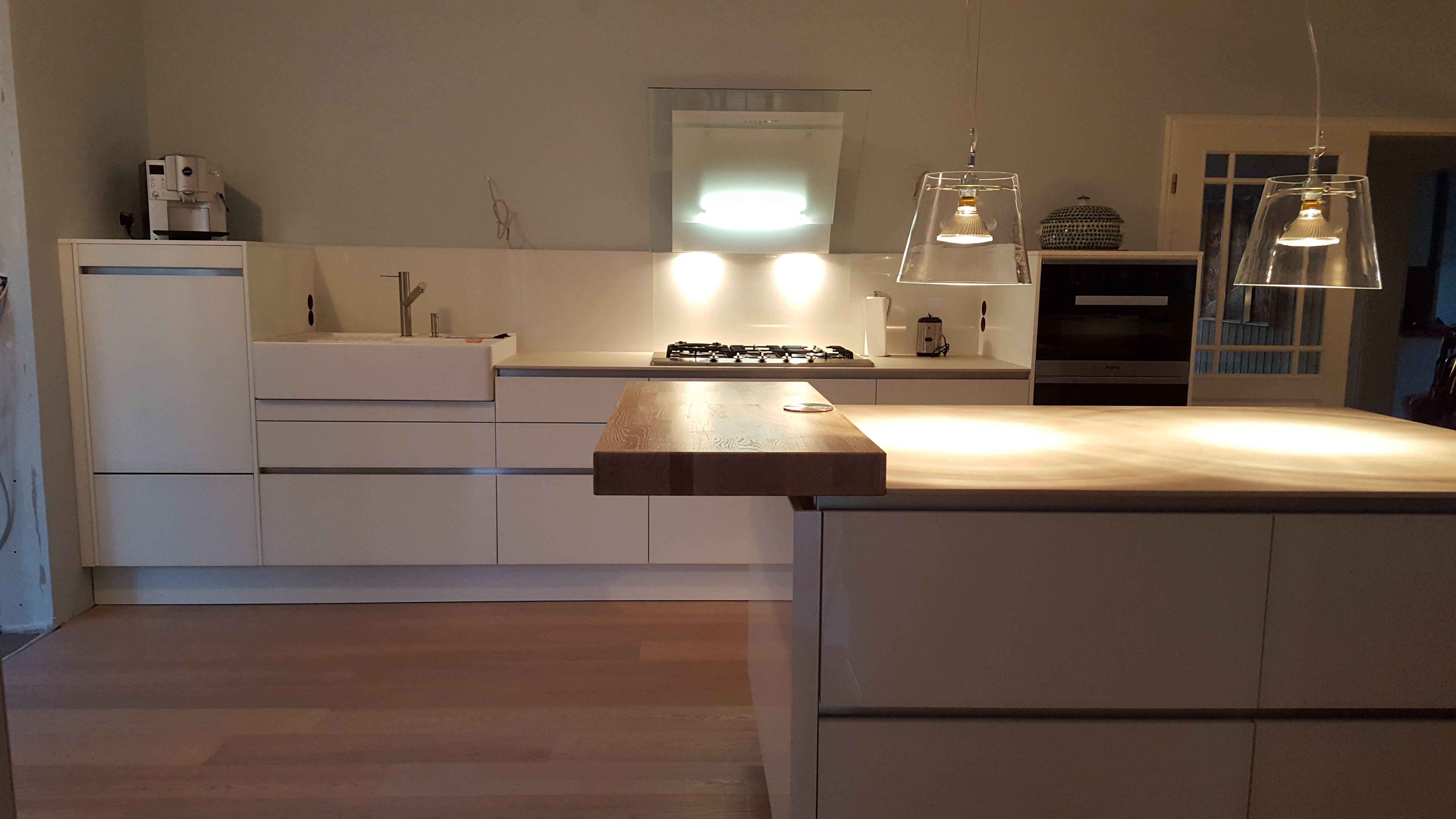 Küche Weiß Ohne Hängeschränke
