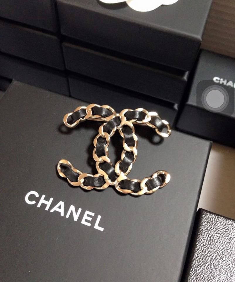 mieux choisir marques reconnues Pré-commander CHANEL Pre-Fall Brooch Collection | Coco Chanel in 2019 ...