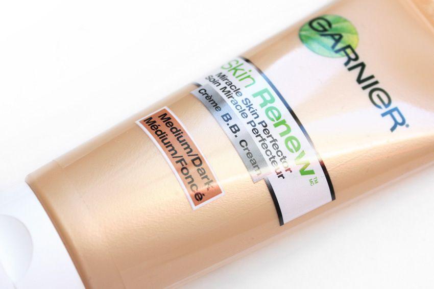 Garnier Skin Renew This Doesn T Feel Light It Feels Heavy It