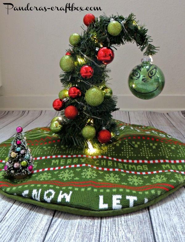 40 small christmas trees small christmas trees grinch christmas and mini christmas tree. Black Bedroom Furniture Sets. Home Design Ideas