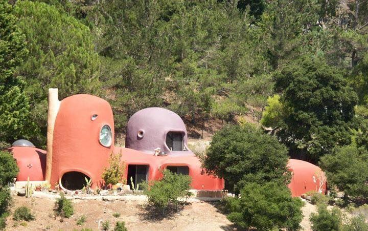 Yabba Dabba Do The Flintstone House Is Finally In Contract