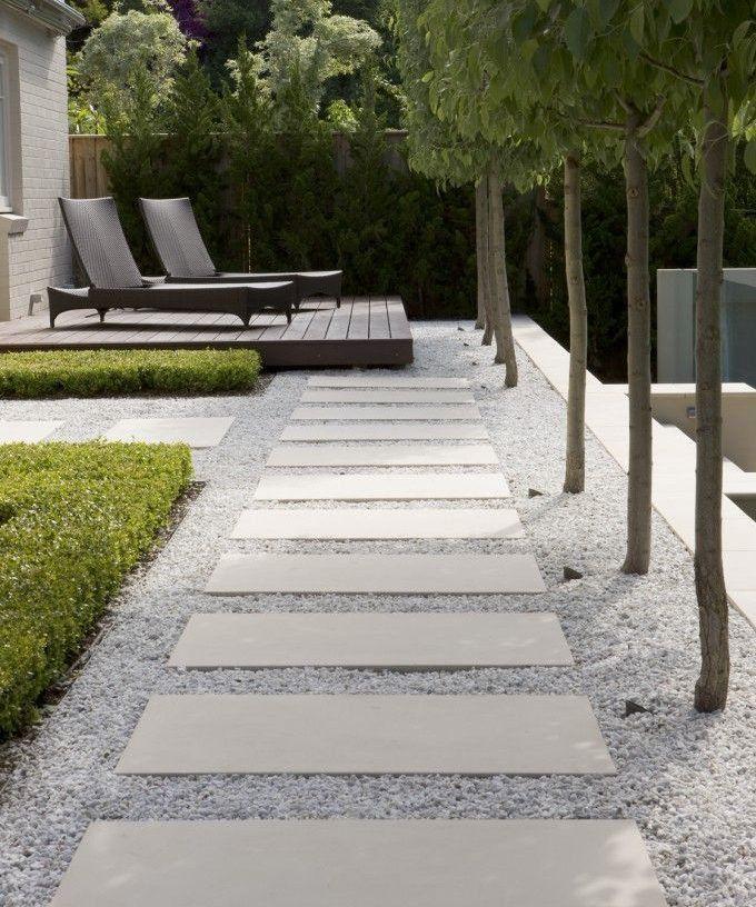 20 Absolutely Stunning Walkway Designs That Will Steal The Show Modern Garden Design Modern Garden Garden Design