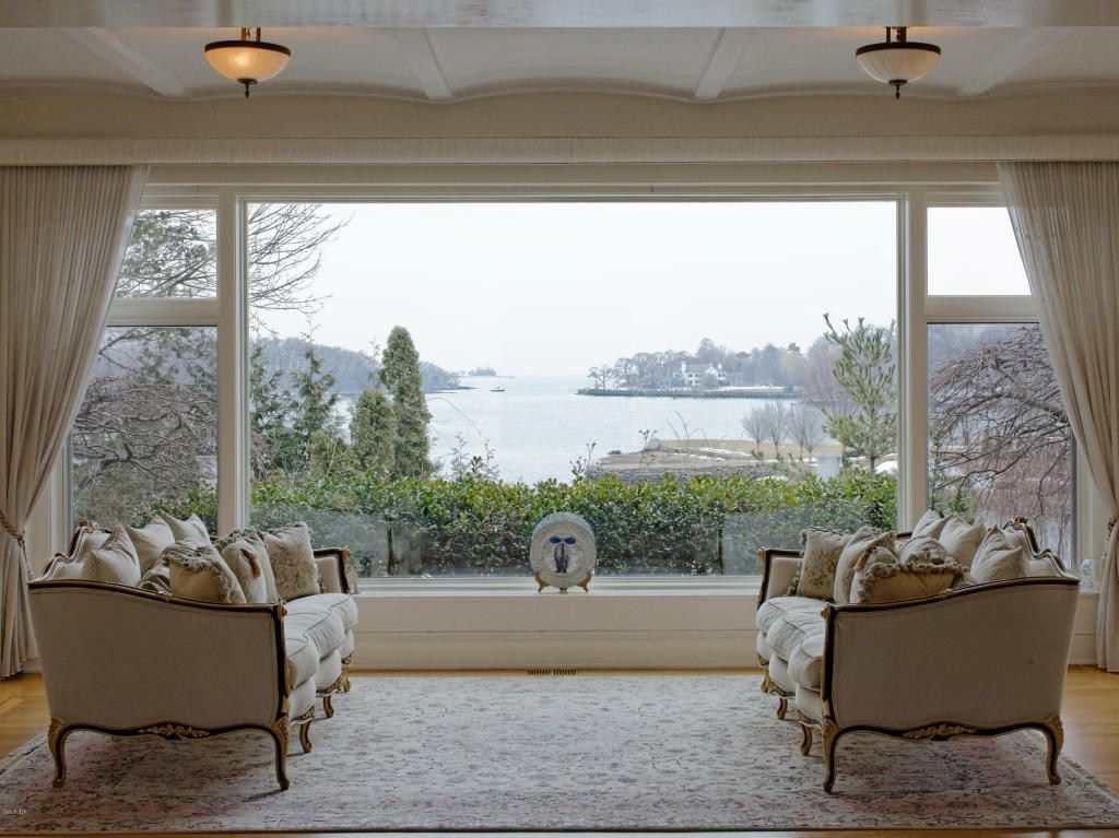 Greenwich, CT 06830 89615 UNPARALLED PANORAMIC WATER