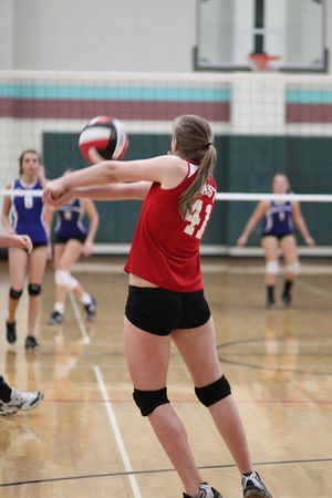 Pin By Melissa Hood On Volleyball Volleyball Volley Running