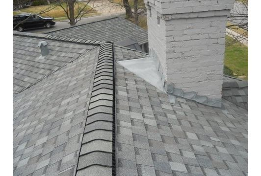 Tamko Heritage With Ridge Vent In Oxford Gray Tamko Shingles Roofing Shingle Colors