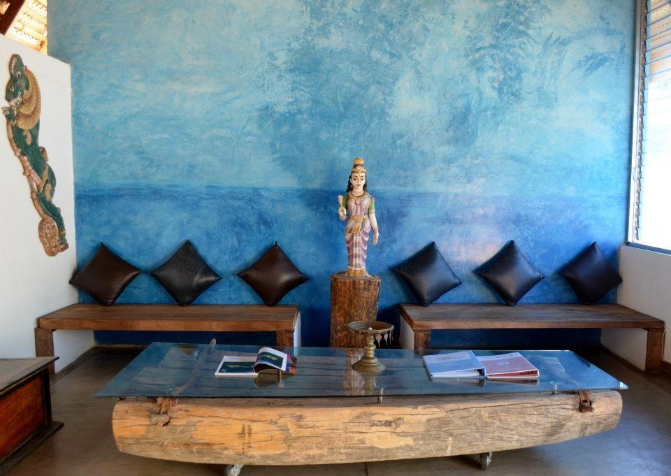 lounge | Clinic | Pinterest | Single family and Bath