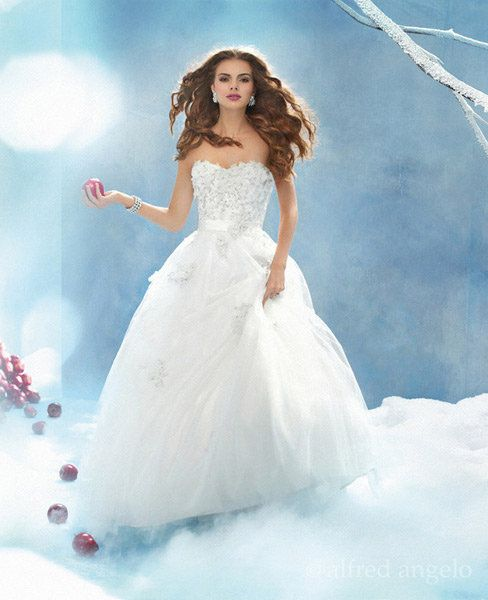 Princess-Style Wedding Dresses for the Disney Fan | Snow white ...
