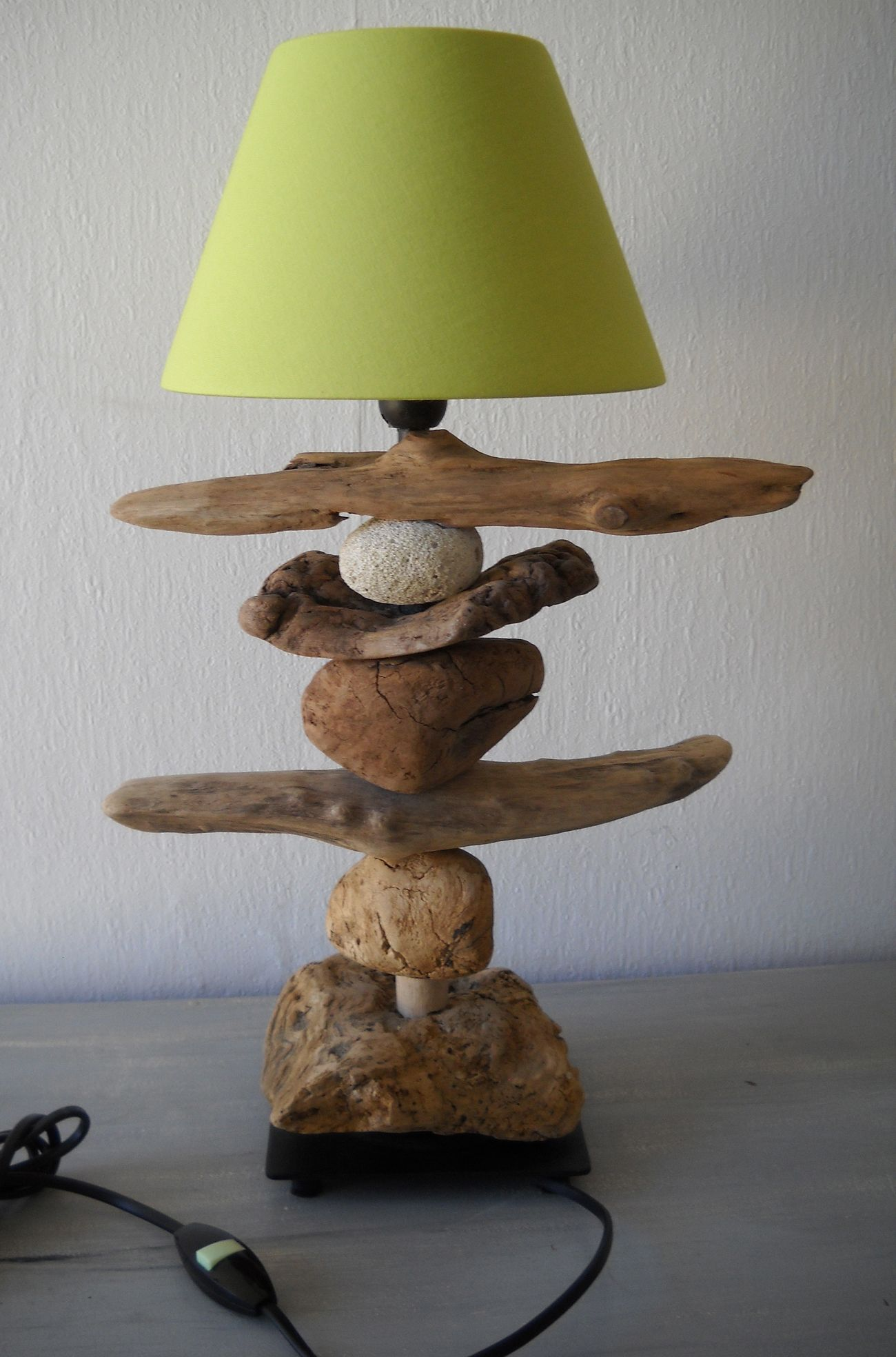 Customiser une lampe ikea hamma en bois flottes for Lampe en bois flotte creation