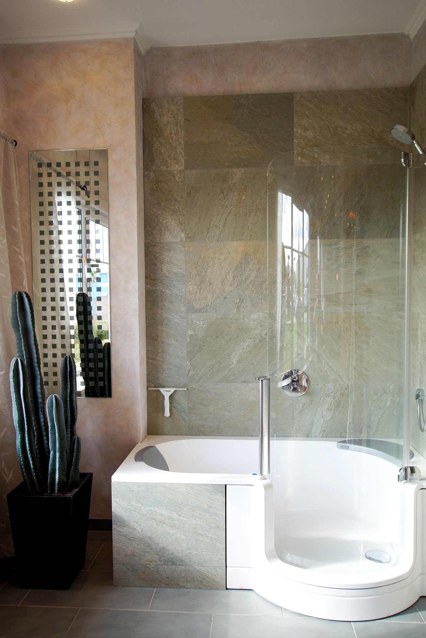 Badewanne Mit Dusche Die Losung Fur Kleine Bader Badewanne