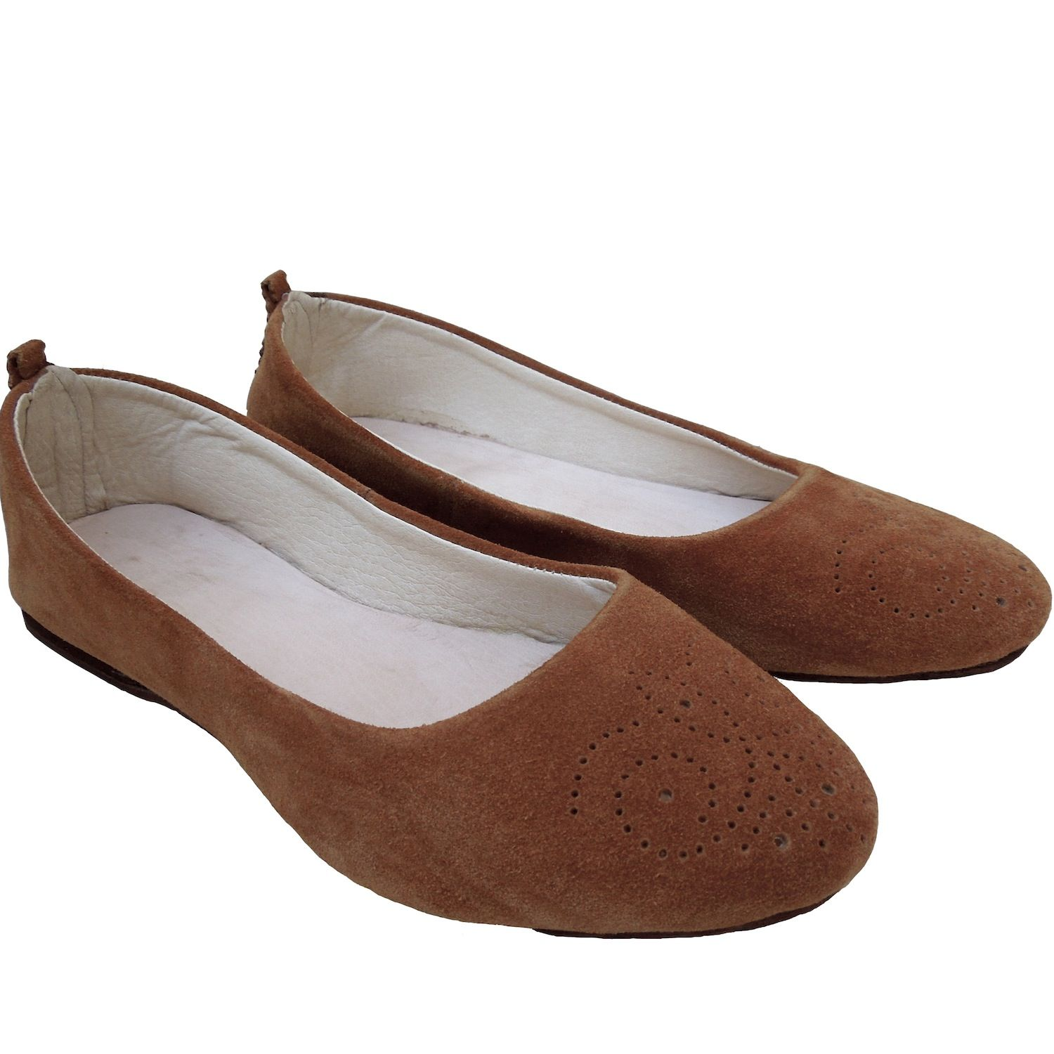 Suede Ballet Flats – size 39 – camel. £50. Free delivery in Europe.