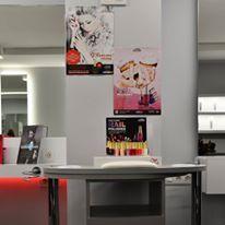 Detalle de la mesa de manicura Seattle de Salon ambience by ramos & Epi
