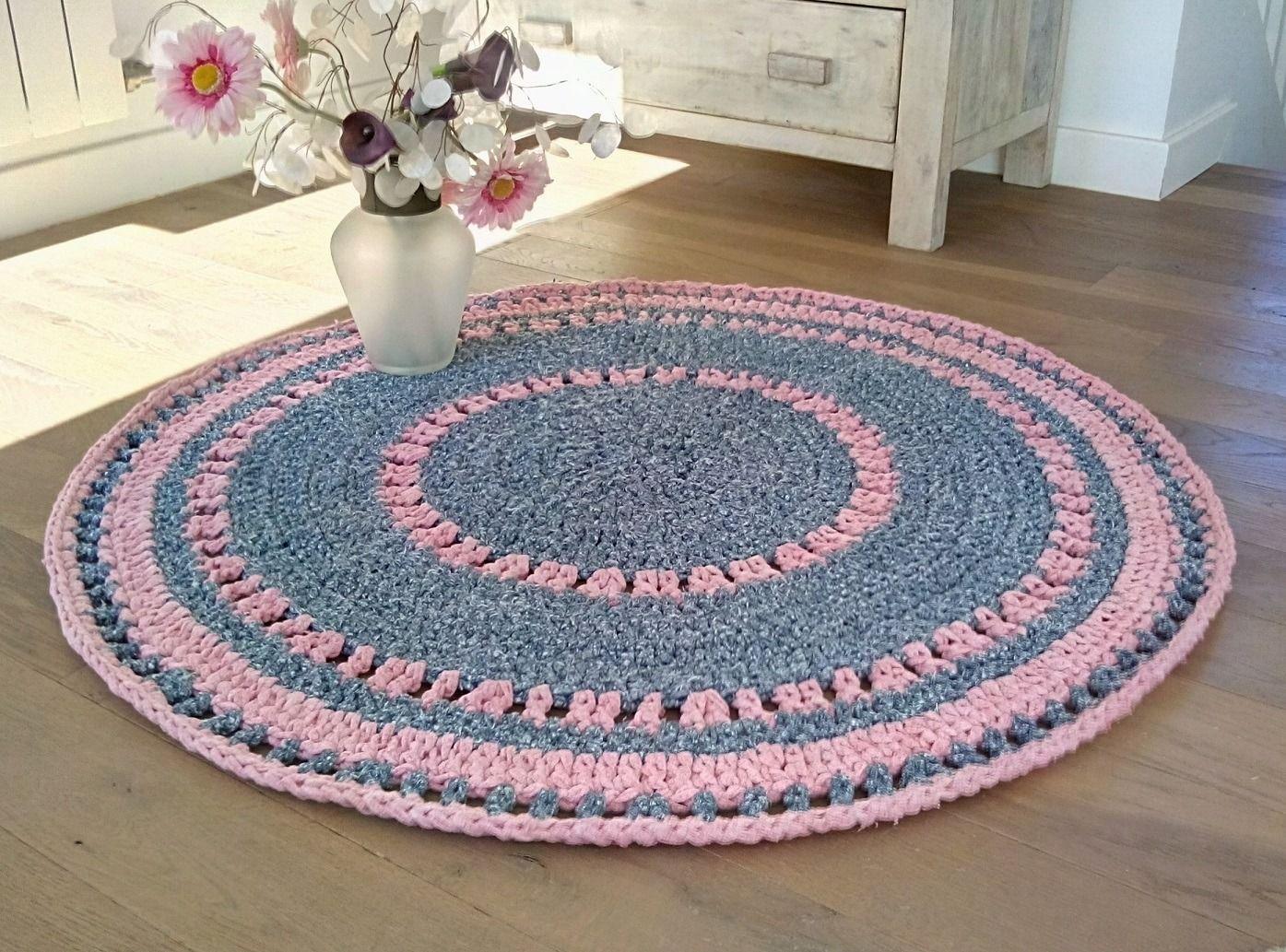 Tapis crochet, mélange de couleurs Bleu Gris Chiné, Rose, fait main ...