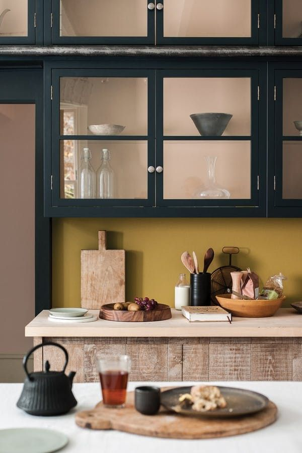 As part of our predictions for the trends that will dominate kitchen design in 2017, we're taking a deep dive into the world of color in the kitchen