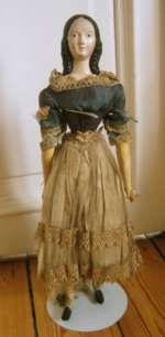 Schöne Biedermeier-Puppe aus Papiermaché mit ausmodellierten Haaren .Deutschland, um 1840